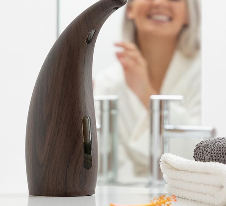 Distributeur automatique de savon avec capteur
